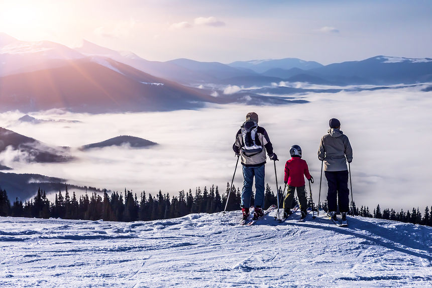 Ultimate Guide to Luxury Skiing in the West - SnowPak 5bb061b4b