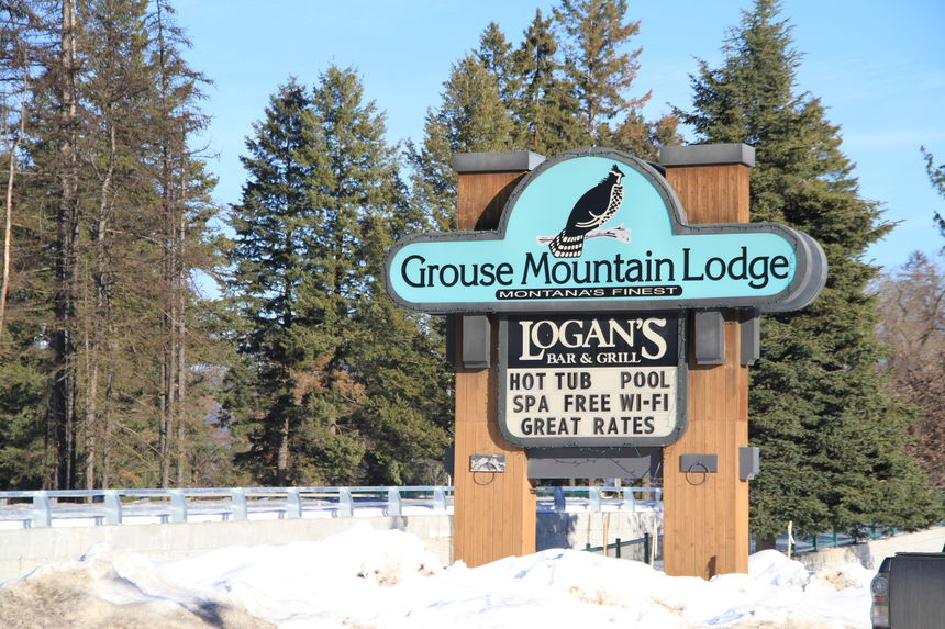 Staying At Grouse Mountain Lodge You Are Just 7 Mi To The Slopes Whitefish Resort Or A Mile Cool Western Shops Art Galleries