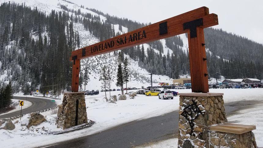 Loveland ski Area entrance and parking lot