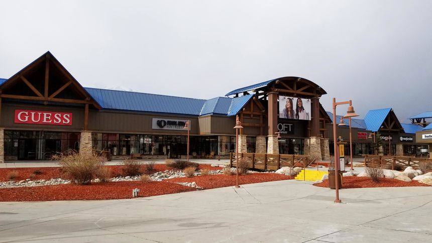 shopping outlets at Silverthorne