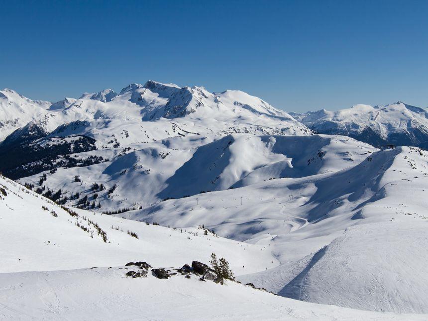 The 11 Best Canada Ski Resorts - UPDATED 2021/22