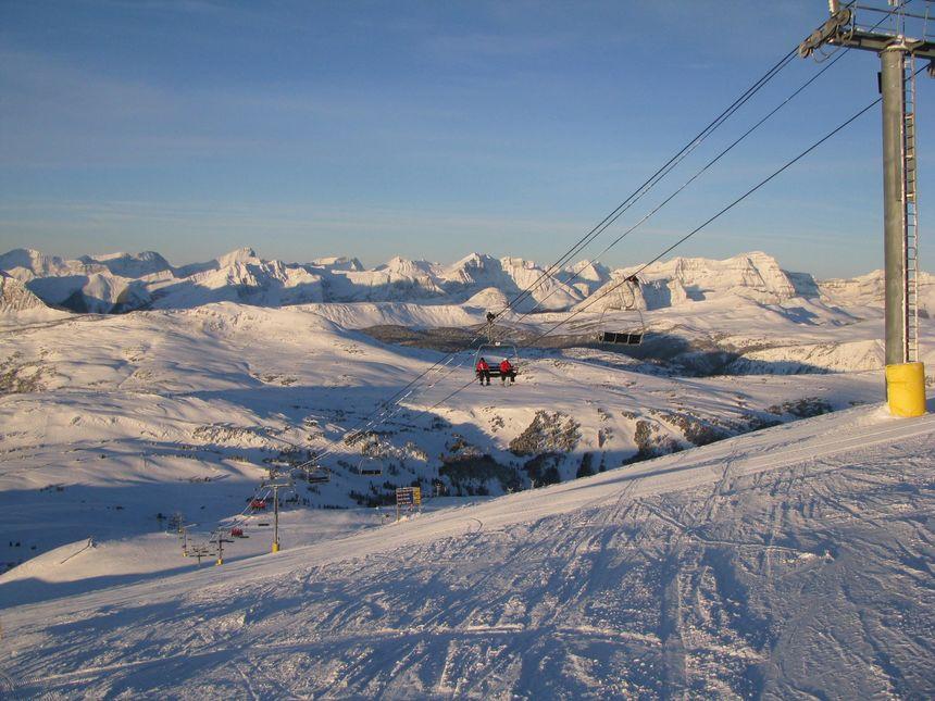 The 5 Best Alberta Ski Resorts - UPDATED 2020/21