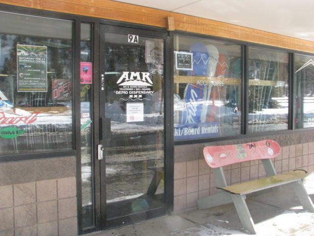 Rental hire shops scattered throughout Breckenridge ski resort
