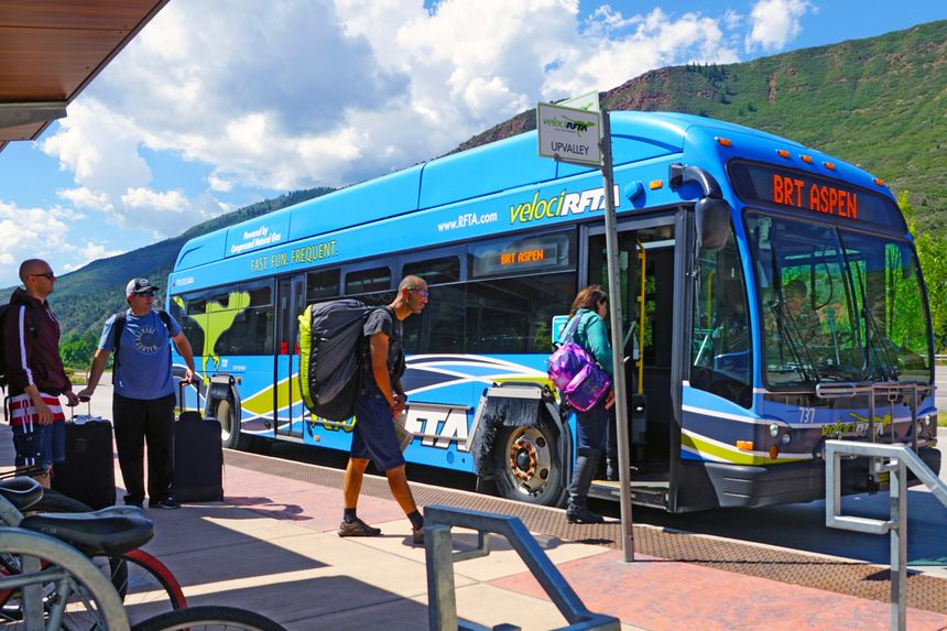 Getting to Aspen mountain via bus